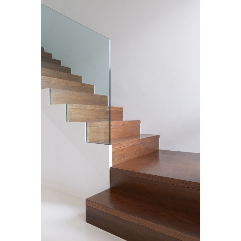 Glass-balustrade-wooden-stairs-cairns