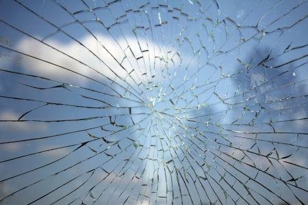 24-7-glass-repair-glazierscairns